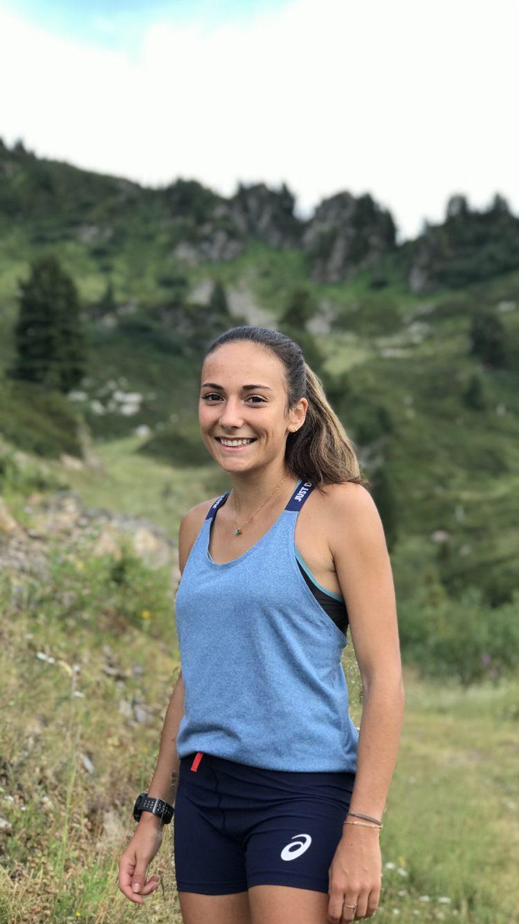 Marie Goncalves team asics trail