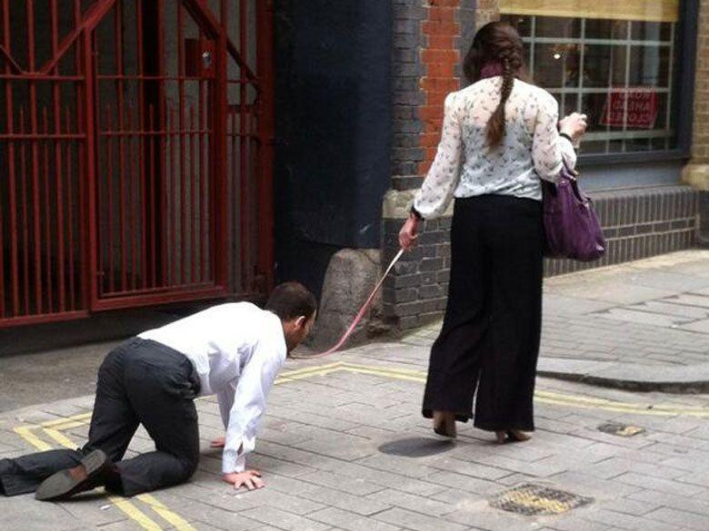 promener son mari en laisse pendant le couvre feu